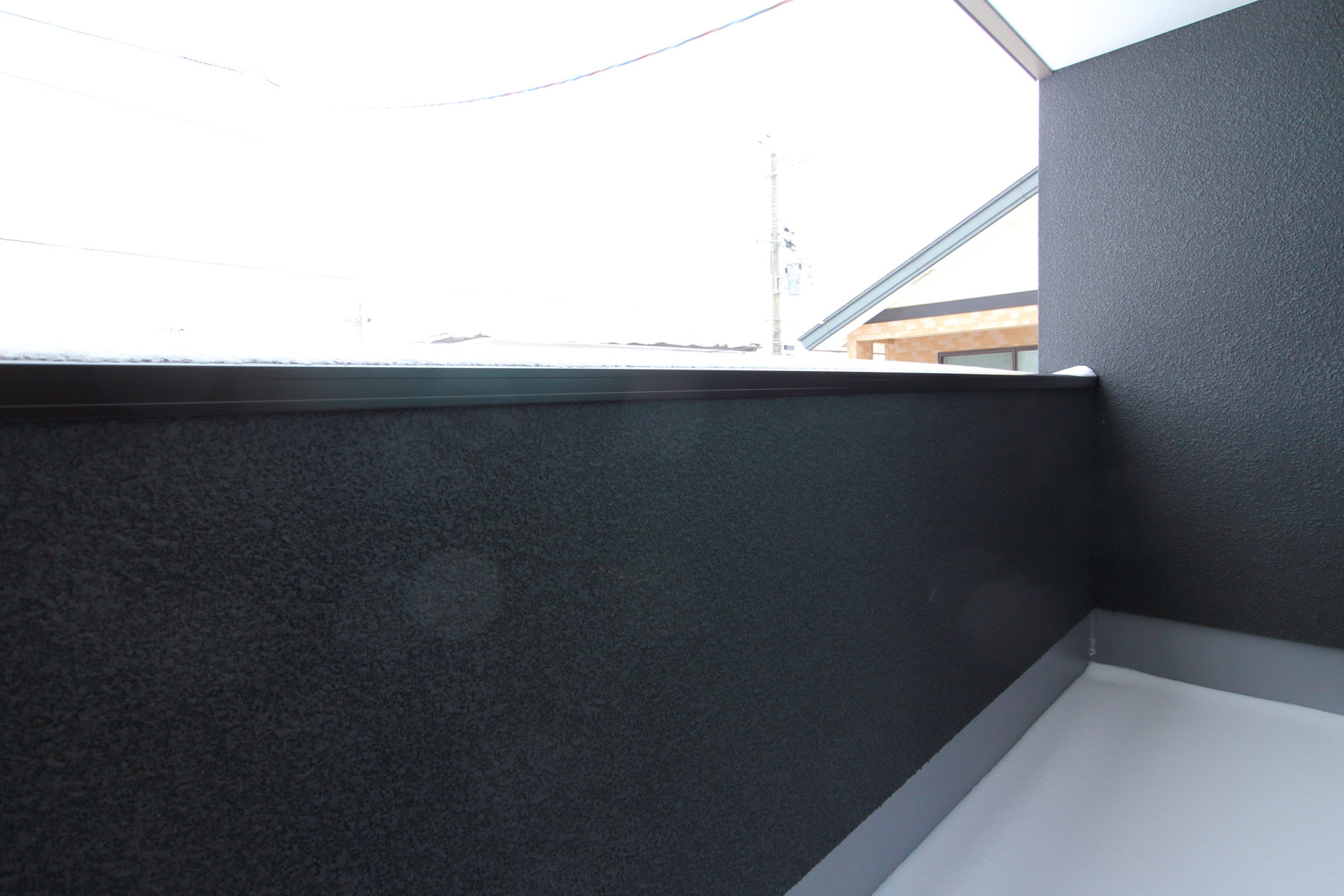 【秋田県・秋田市泉南三丁目】3LDK 新築戸建て・分譲住宅 バルコニー