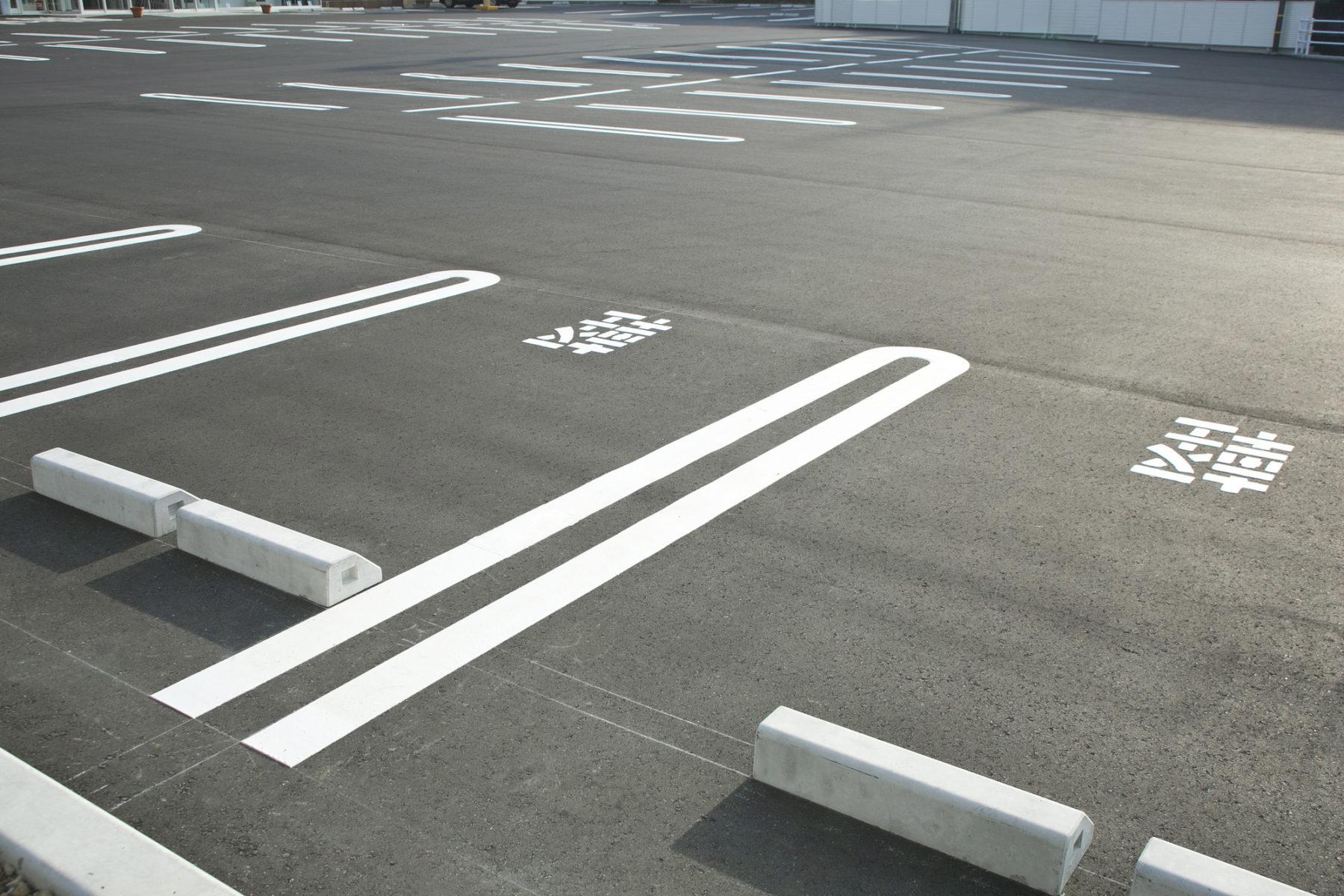 ザ・マークス南通 平面駐車場120%