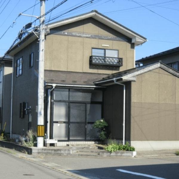秋田県由利本荘市下大野 中古住宅 戸建て 5LDK N2012 現地外観写真